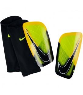 Espinilleras Nike Mercurial Lite SP2086-715 en color amarillo. Entra en chemasport.es y descubre nuestro catálogo.
