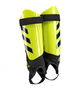 Espinilleras Adidas Ghost Club en color amarillo BR5374. Encuentra en chemasport.es todos los accesorios para fútbol que necesitas.