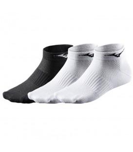 Calcetines Mizuno Training Mid 67XUU950 99 en color blanco y negro. Calcetines al mejor precio en chemasport.es
