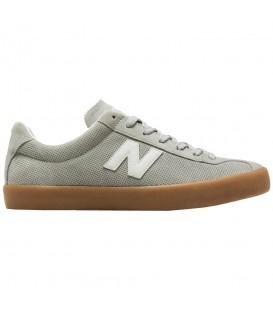 Zapatillas New Balance Tempus Lifestyle ML22GRE de color gris para hombre. Otros modelos de New Balance en otros colores en chemasport.es
