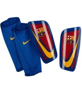 Espinilleras Nike Mercurial Lite SP2090-633 en color azul y granate. Espinilleras Nike y otros accesorios para fútbol en chemasport.es