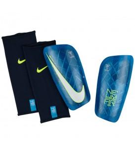 Espinilleras Nike Neymar Mercurial Lite Shin SP2122-450 en color azul. Espinilleras de fútbol al mejor precio en chemasport.es