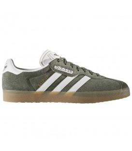 Zapatillas para hombre y para mujer Adidas Gazelle Super BY9778 de color verde. Otros modelos de Adidas al mejor precio en Chema Sneakers.