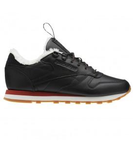 Comprar zapatillas Reebok Classic Leather Arctic BS5337 de color negro para mujer con forro de piel de oveja en chemasport.es