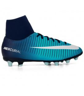 Compra ahora las botas de fútbol para niño Nike Mercurial Victory VI Dynamic Fit (AG-Pro) pensadas para el juego en campos de hierba artificial. Ref: 903597-404