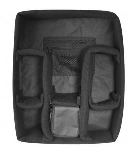 Convierte tu mochila Kanken Classic en un estuche perfecto para transportar tu cámara con este accesorio acolchado y removible.