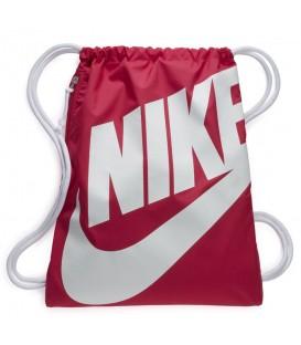Saquito unisex de Nike modelo Heritage en color rosa. Una forma cómoda y económica de transportar tus cosas.