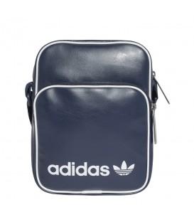 Bolso de asa adidas mini vintage CD6976 de color azul marino. Otros modelos de bolsos cómodos de adidas en chemasport.es