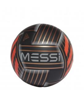 Balón de fútbol adidas de Leo Messi jugador del FC Barcelona CF1279. Otros balones de fútbol con descuento en chemasport.es