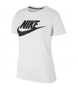 Camiseta Nike Sportswear Essential para mujer con logotipo estampado en el pecho. Descubre más colores y modelos en www.chemaspot.es Ref: 829747-100
