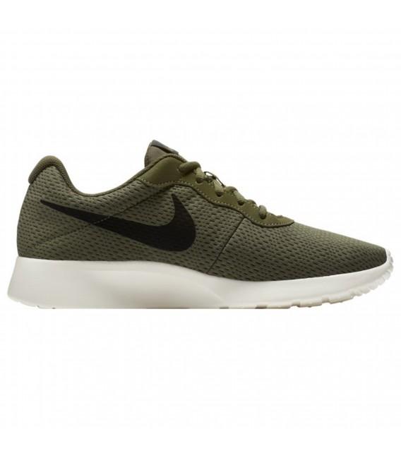 Zapatillas Nike Tanjun SE para hombre de color verde