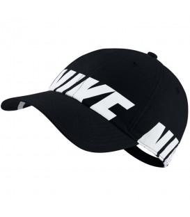 Gorra Nike Heritage 86 890076-010 en color negro, gorra con cierre ajustable confeccionada en algodón, más modelos y colores en chemasport.es