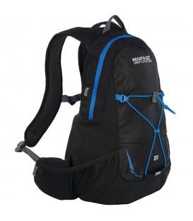 Mochila Regatta Blackfell II 20L EU146 7GV en color negro, mochila con tejido poliester 600D de gran calidad y antidesgarros, incluye bolsa de hidratación de 2L