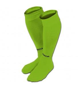 ¿buscas medias de futbol? En chemasport.es tenemos las Medias Joma Classic 400054.020 en color verde fluor, entra y descubre más colores.