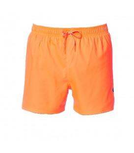 """Bañador Nike Solid Vital 4"""" NESS8430-618 para hombre en color naranja, entra en chemasport.es y descubre más colores y muchos más modelos al mejor precio."""