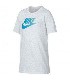 Camiseta Nike Splash 913158-100 para niño en color blanco. camisetas para niño de las mejores marcas en chemasport.es, entra y descubre nuestro amplio catálogo.