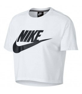 Crop top Nike Essentials de color blanco. Camiseta de manga corta de color blanco de Nike con corte encima de cintura. AA3144-100. Disponible en más colores.