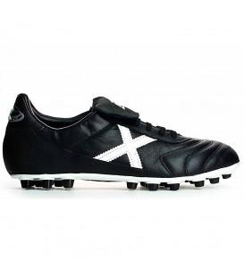 Botas de fútbol Munich Mundial 25 2150307 para hombre en color negro, botas de fútbol para campos de cesped o hierba artificial de cualquier generación.