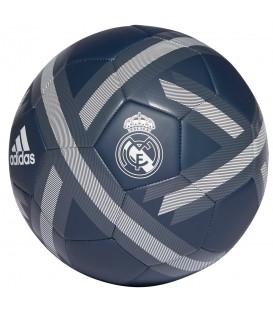 Balón adidas Real Madrid CW4157 en color azul marino, balón resistente y gran precisión, cómpralo ya en chemasport.es a buen precio.