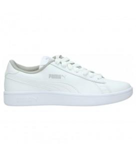 Zapatillas Puma Smash V2 L Junior 365170-02 de color blanco y gris al mejor precio en tu tienda deportiva online chemasport.es