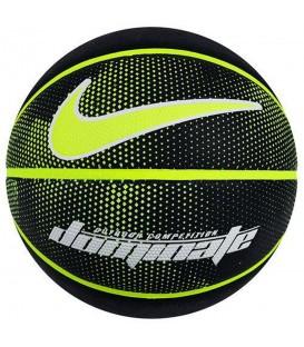 Balón Nike Dominate 8P N.KI.00.044.07 en color negro y volt, más balones de baloncesto Nike al mejor precio en chemasport.es