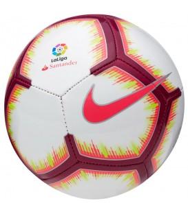 Balón Nike La Liga SC3327-100, en chemasport.es encontrarás más balones a los mejores precios, compra ya y recibe tu pedido en 24/48 horas en península.