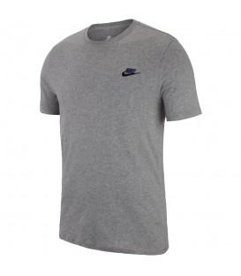 Camiseta Nike Sportwear 827021-092 para hombre en color gris, compra ya la tuya en chemasport.es al mejor precio.