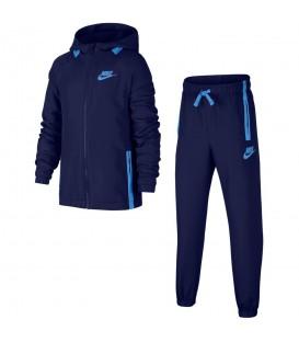 Chándal Nike Sportwear 939628-478 para niños en color azul, chándal a buen precio en chemasport.es, entra y descubre más modelos.