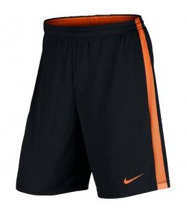 Pantalón de fútbol Nike Dry Academy 832508-021 de color negro y naranja, más modelos y colores de pantalones de fútbol en chemasport.es