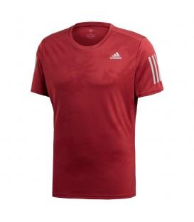 Camiseta adidas Response CY5750 para hombre en color granate, camisetas de running transpirables en chemasport.es