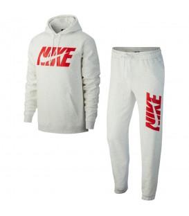 Chándal Nike Sportwear AR1341-051 para nombre en color blanco, chándal con interior de tejido Fleece para una mayor calidez, disponible en chemasport.es
