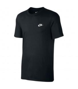 Camiseta Nike Club 827021-011 para hombre en color negro, compra ya mas productos de la serie Club en chemasport.es al mejor precio.