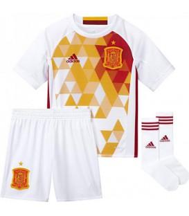 Conjunto para niño de la segunda equipación de la selección de fútbol española. El mejor precio en equipaciones de fútbol en Chema Sport