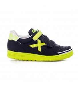Comprar zapatillas de fútbol sala para niños Munich G-3 de color negro y amarillo al mejor precio en Chema Sport.