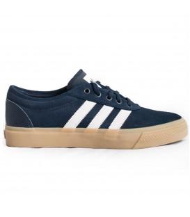 Comprar zapatillas de moda Adidas Adiease B27758 de color azul marino para hombre. Otros modelos de Adidas en Chema Sneakers.