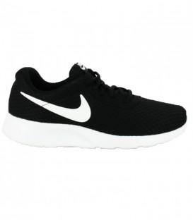 Comprar deportivas Nike Tanjun baratas de color blanco y negro para mujer y niños. Otros modelos de Nike disponibles en Chema Sport.
