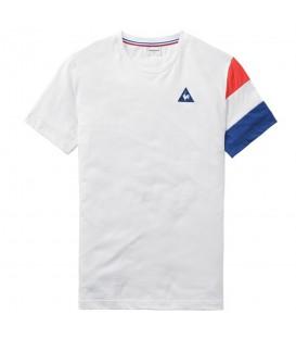 Comprar camiseta Le Coq Sportif Tricolore 1710456 de color blanco con la bandera francesa en una de las mangas. Otros modelos de LCS en chemasport.es