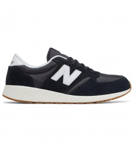 Zapatillas New Balance MRL 420 Re-engineered MRL420.SD de color negro para hombre. Otros modelos de New Balance en chemasport.es