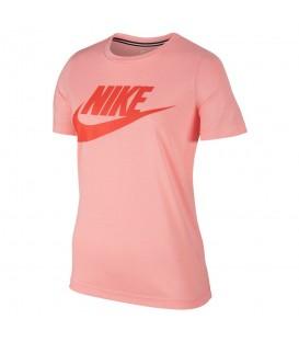 Camiseta para mujer Nike Sportswear Essential 889747-808 de color rosa. Otros modelos de camisetas Nike en Chema Sport.