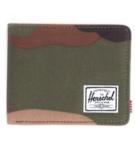 Cartera de la marca Herschel Modelo Hank Woodland Camo. Cómoda billetera con estampado militar. Cómprala hoy y recíbela en 24/48 horas-