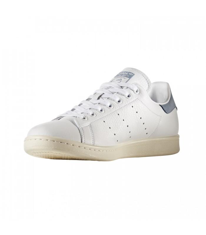 premium selection 7085c cce2f adidas ORIGINALS. Rebaja
