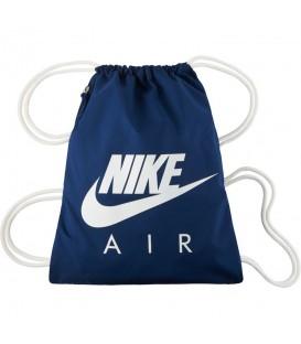 Saquito Nike Heritage Gymsack BA5430-423 en color azul al mejor precio en chemasport.es