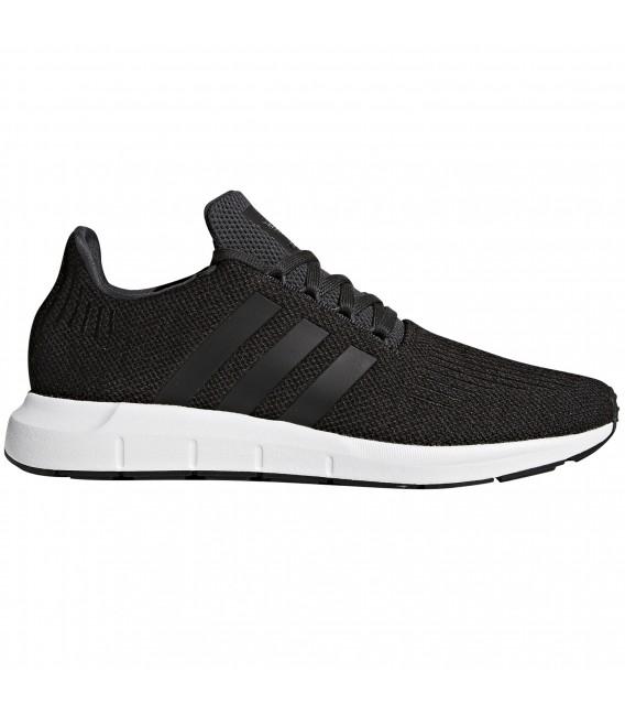 82f2e12819 Zapatillas adidas Swift Run para hombre en color negro