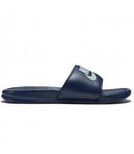 Chanclas unisex Nike Benassi 343880-403 de color azul marino para hombre y mujer. Otras chanclas de natación de Nike en chemasport.es