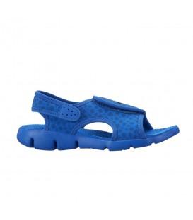 Chanclas de natación para niños Nike Sunray Adjust 4 386518-414 azules con cierre de velcro. Otras chanclas de natación para niños en chemasport.es