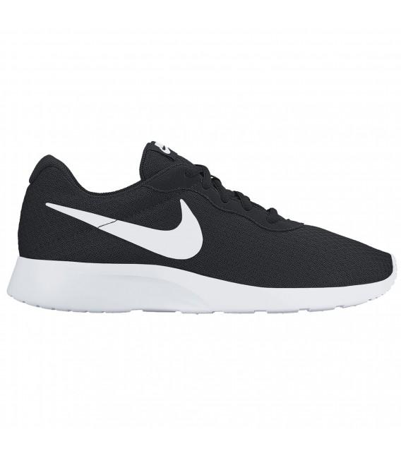 Zapatillas Nike Tanjun para hombre en color negro 456b258e9e54