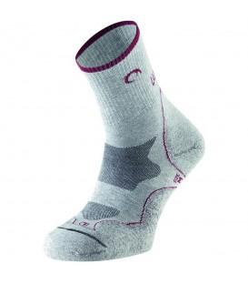 Calcetines Lurbel Tierra W 00A1.188W.2805 para mujer en color gris, calcetines perfectos para la práctica de senderismo en altas temperaturas.