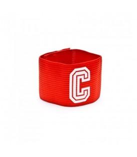¿Buscas un brazalete de capitán? Entra en chemasport.es y escoge el Brazalete de capitán Joma 943.001 en color rojo, lo recibirás en solo 24/48h en península!