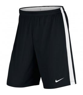 Pantalón de fútbol Nike Dry Academy 832508-010 de color negro, pantalón corto para entrenar al fútbol, más colores en chemasport.es