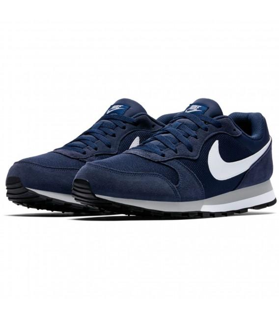 c6e929d7264 Zapatillas Nike MD Runner 2 para hombre en color azul marino